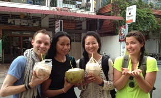 uw msw students visiting cambodia